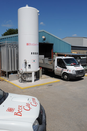 Beer Gas Cymru Vehicles at the depot in Caernarfon Cellar Protection System & Cellar Protection System North u0026 West Wales Beer Gas Cymru Gas ...